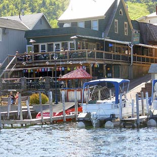 Christie's Steak & Steamhouse Lounge on the Lake